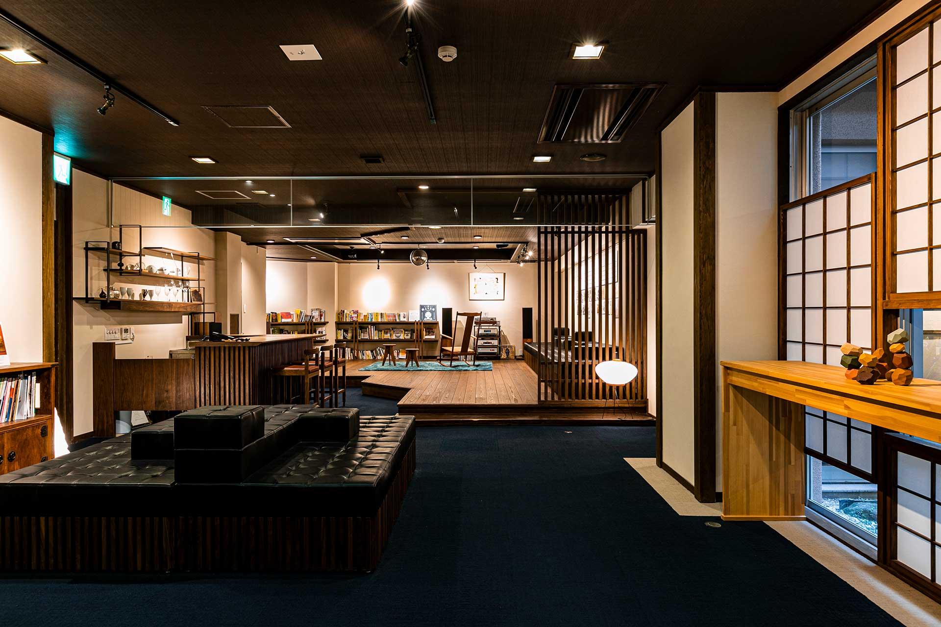 老舗旅館「大村屋」 湯上り文庫